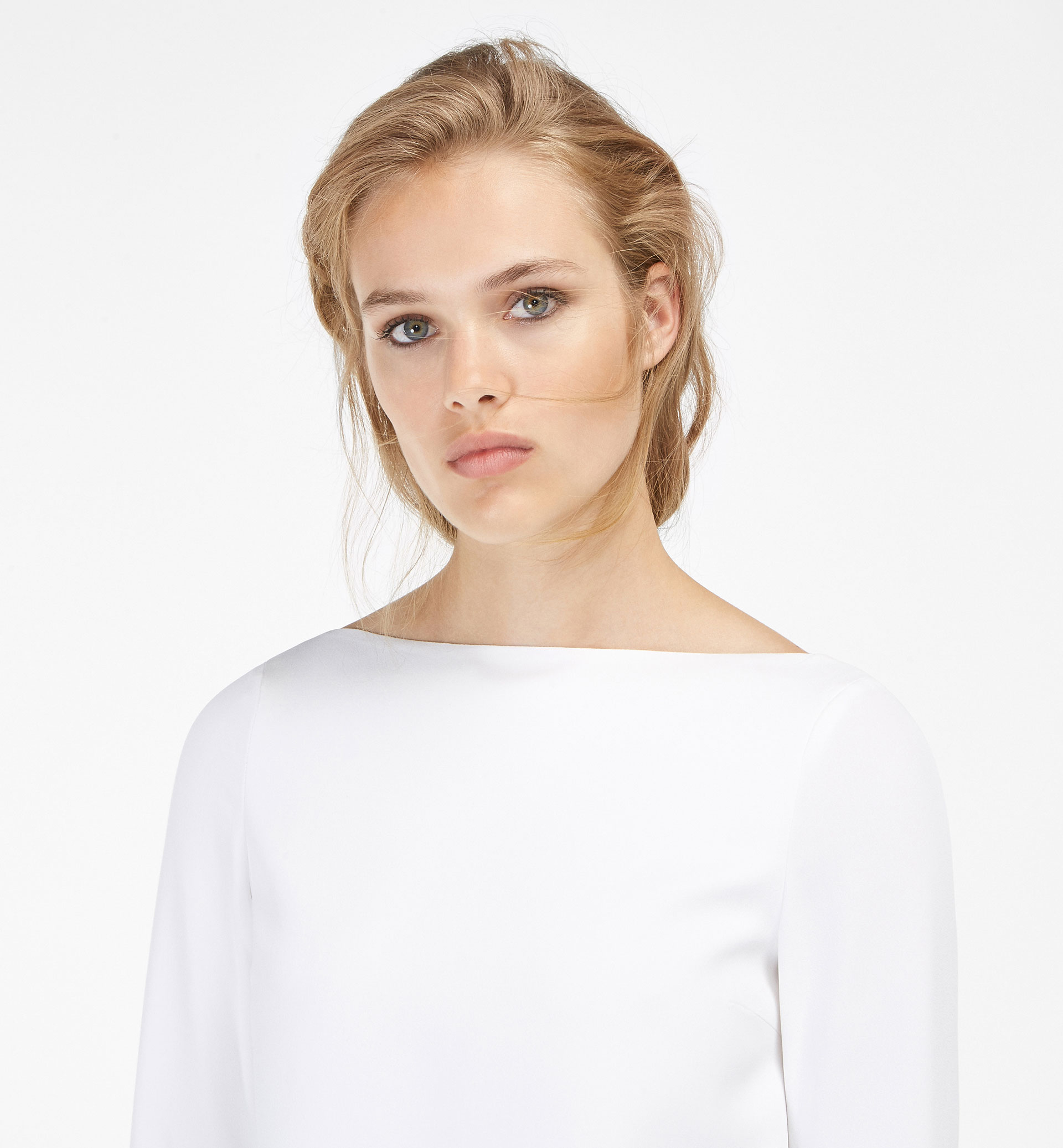 WHITE DRESS WITH SATEEN DETAIL