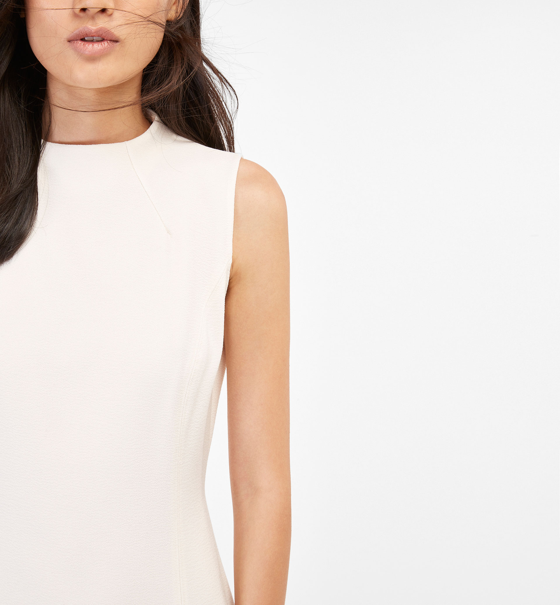 ONLINE EXCLUSIVE WHITE DRESS