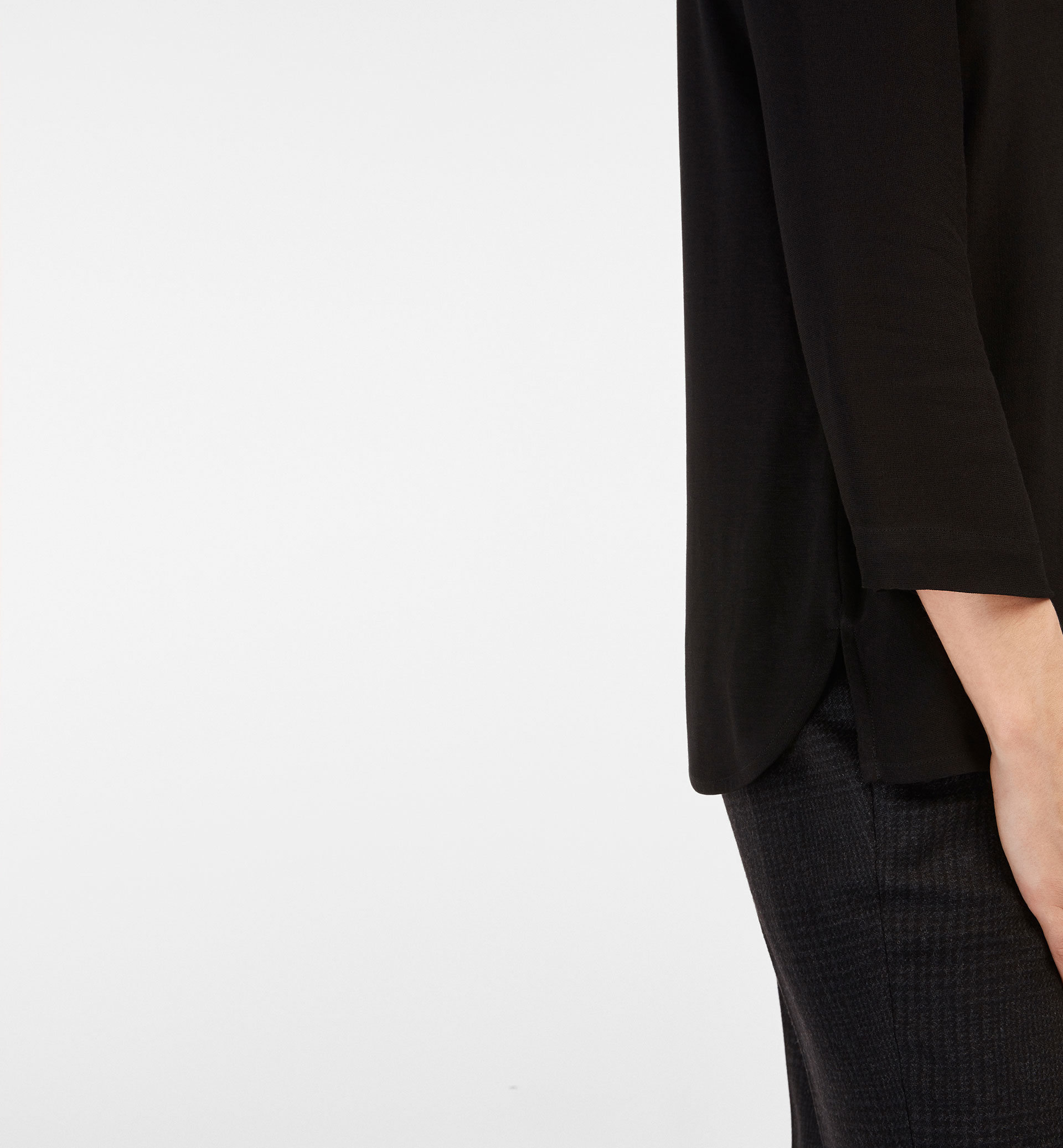 COMBINED T-SHIRT WITH A PLEAT DETAIL