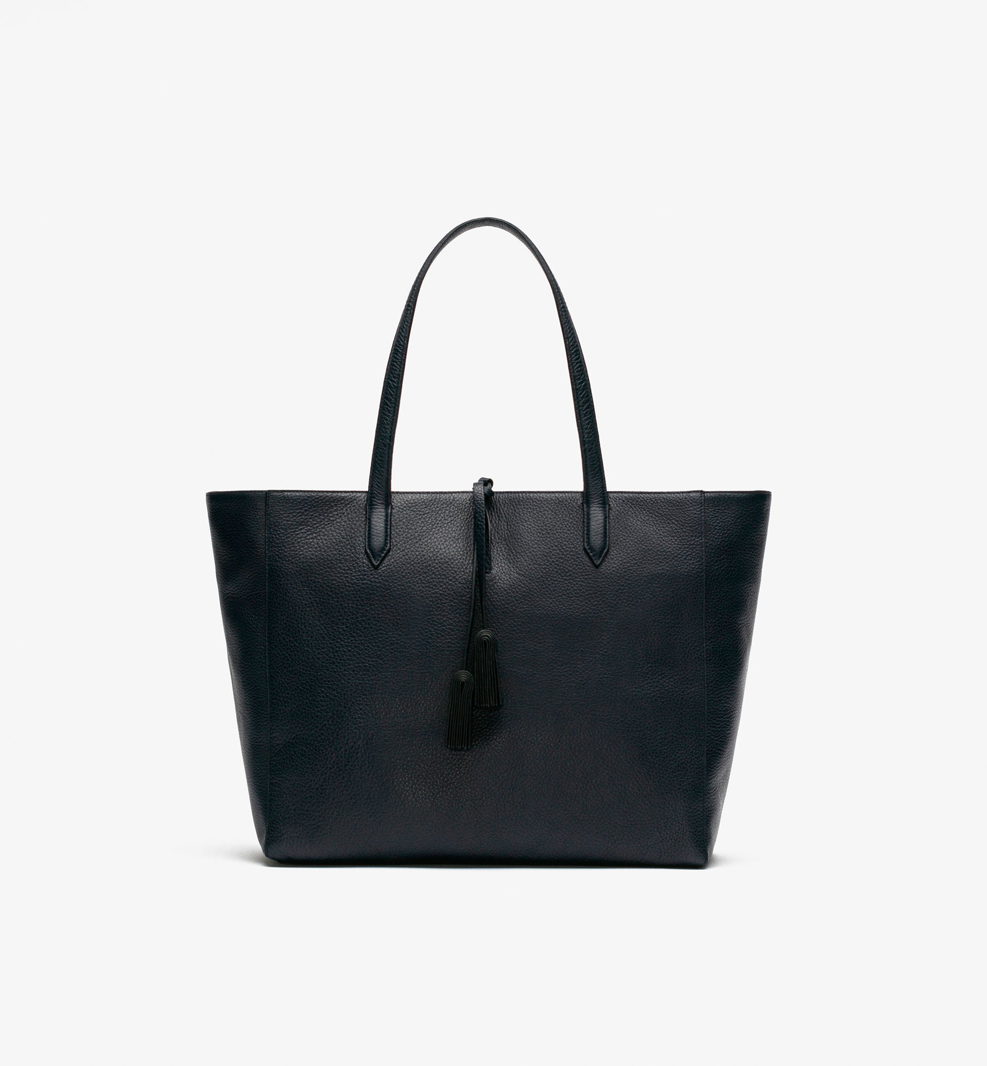 TOTE BAG WITH POMPOM DETAIL