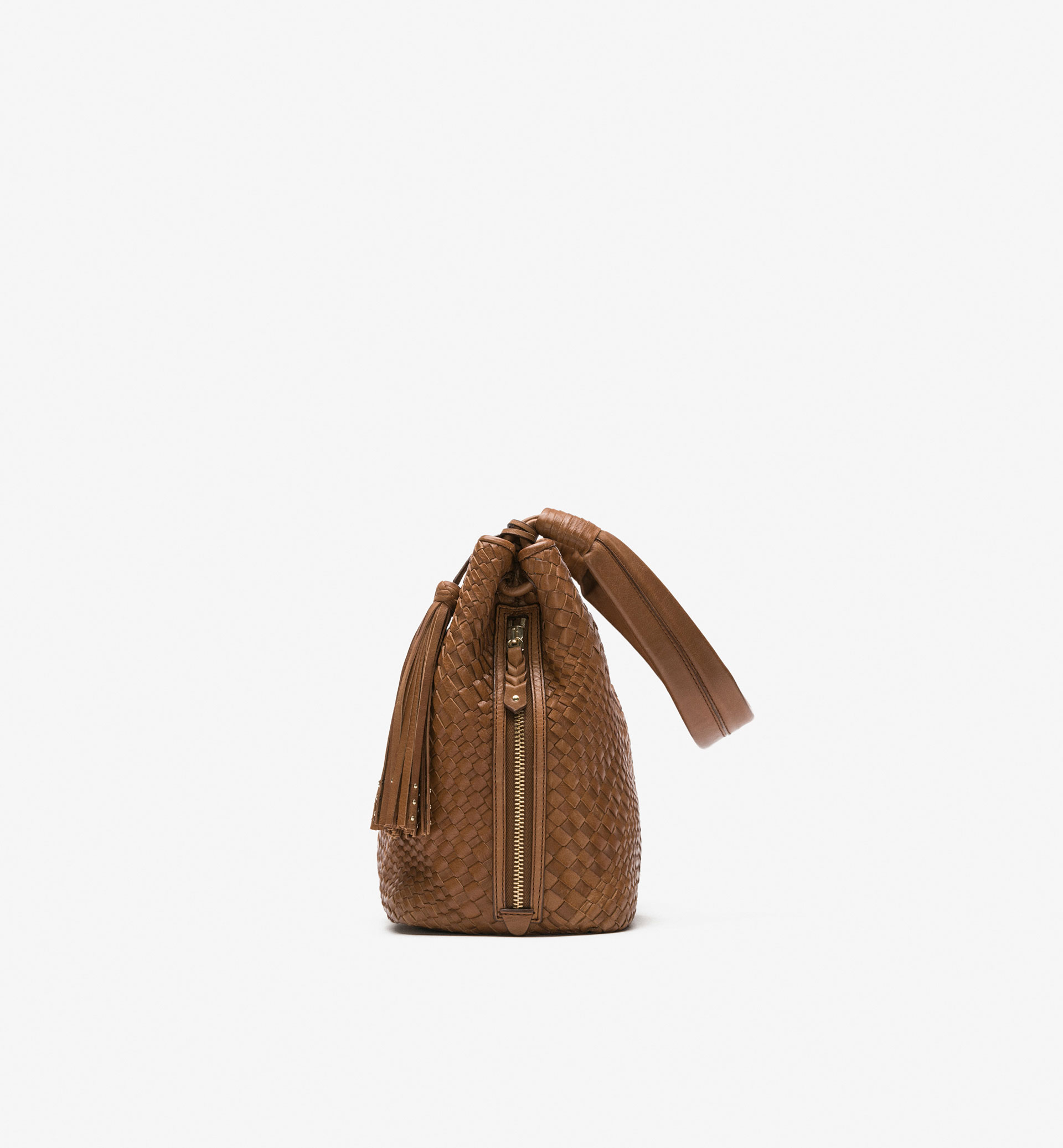 BRAIDED BAG WITH TASSEL DETAIL