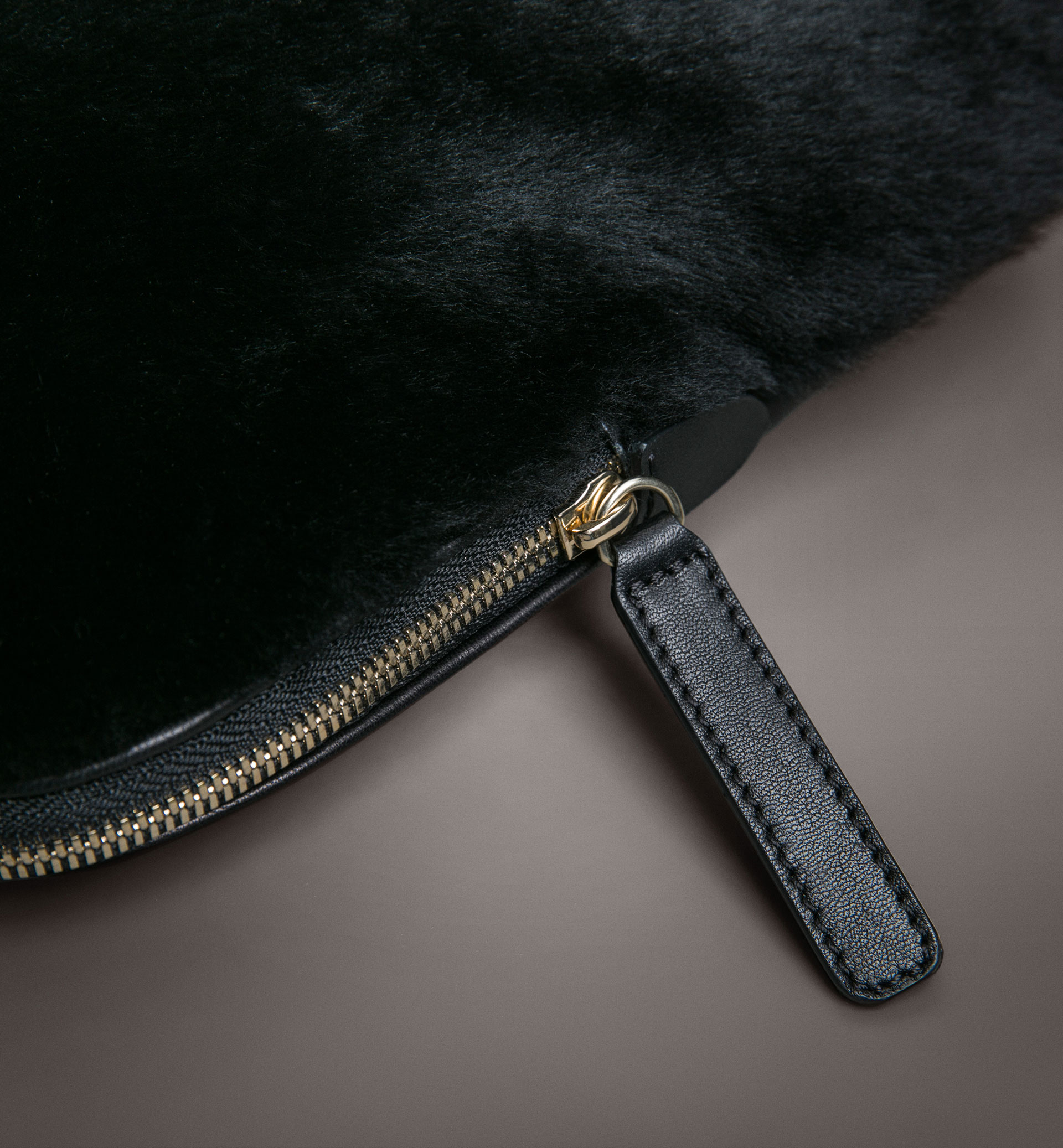 LIMITED EDITION CONTRAST LAMBSKIN CLUTCH BAG