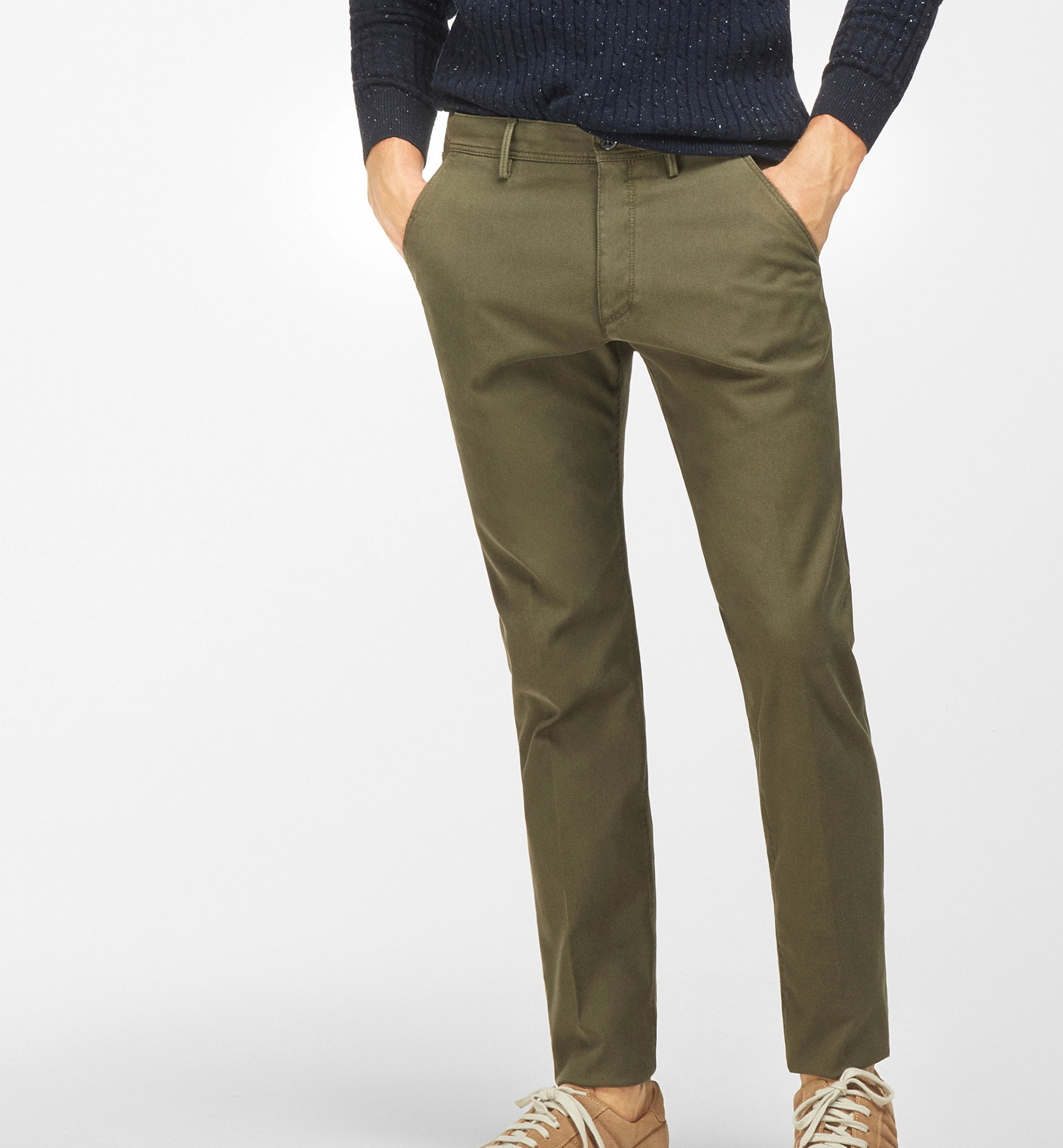 TEXTURED WEAVE CHINOS WITH CONTRAST DETAIL
