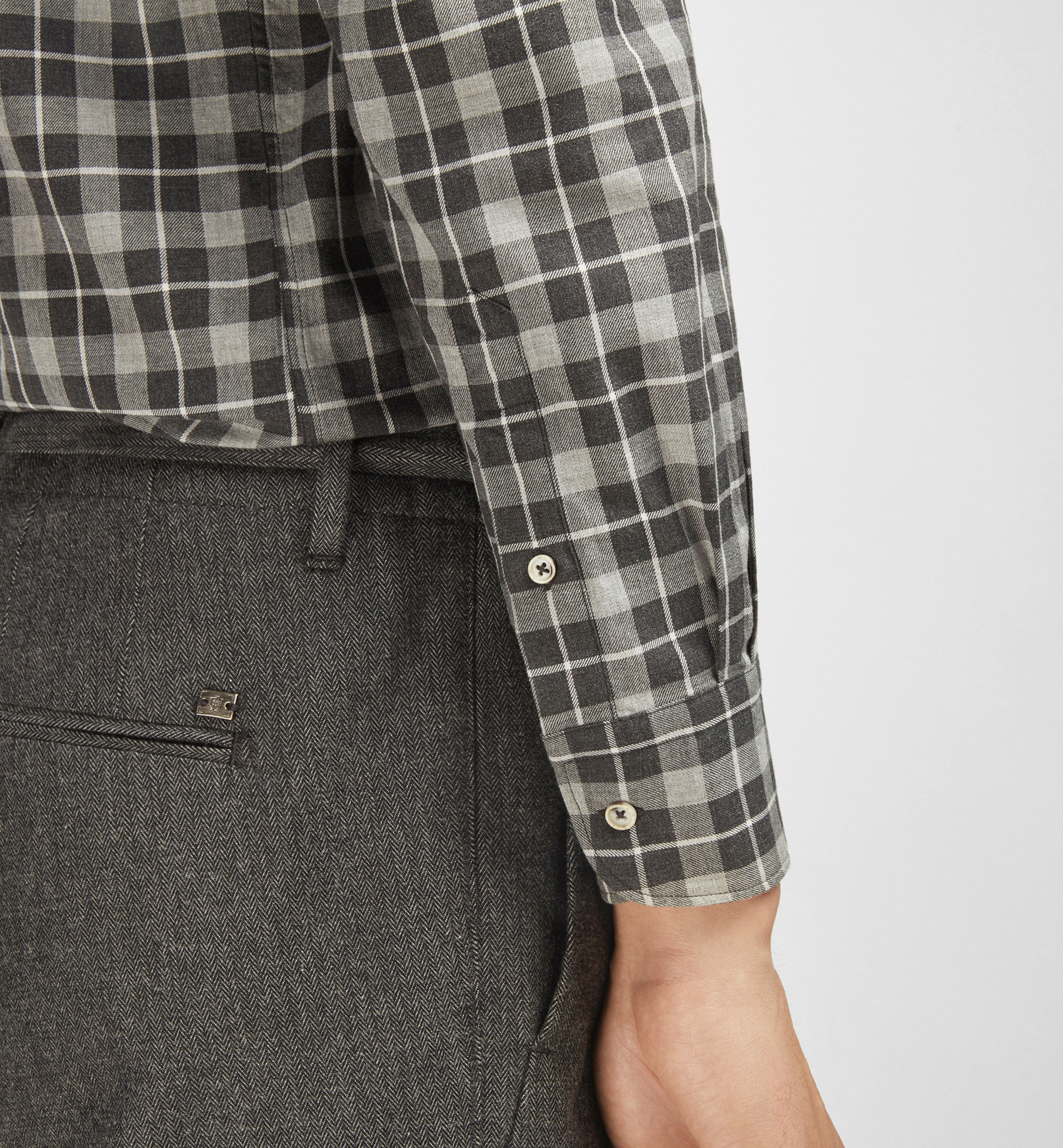 SLIM GREY SHIRT WITH LARGE CHECKS