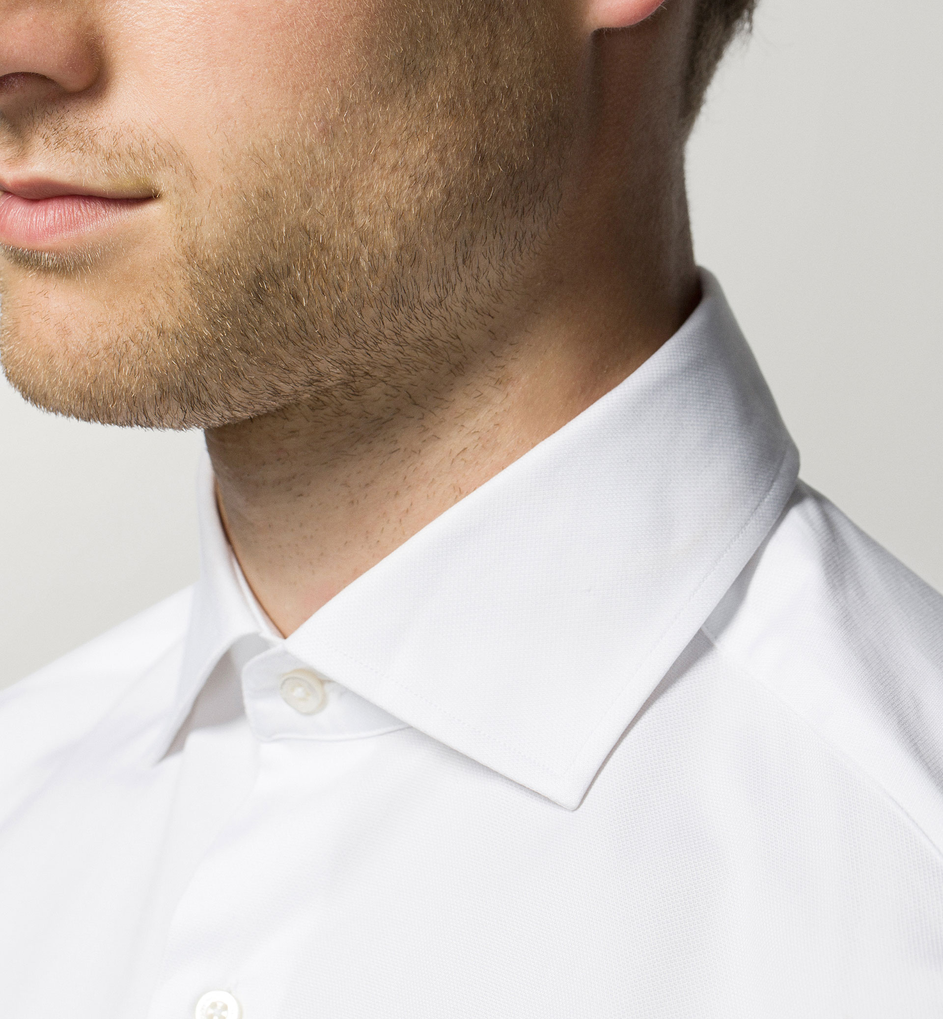 FALSE PLAIN WEAVE SLIM FIT SHIRT