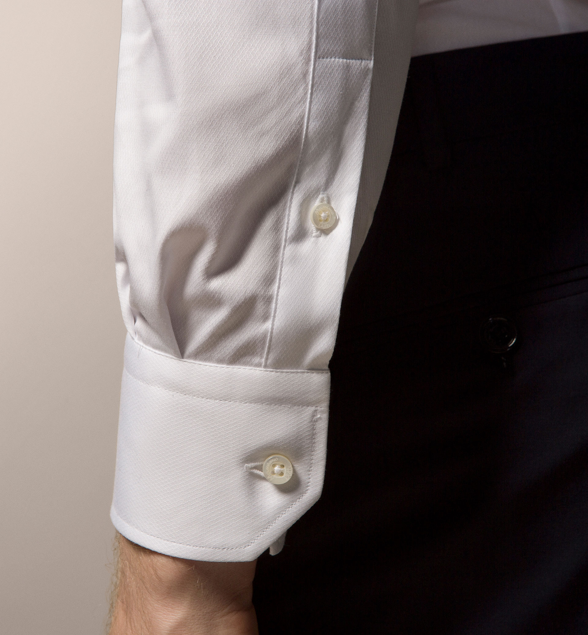 PLAIN MICRO-STRUCTURED SLIM FIT SHIRT