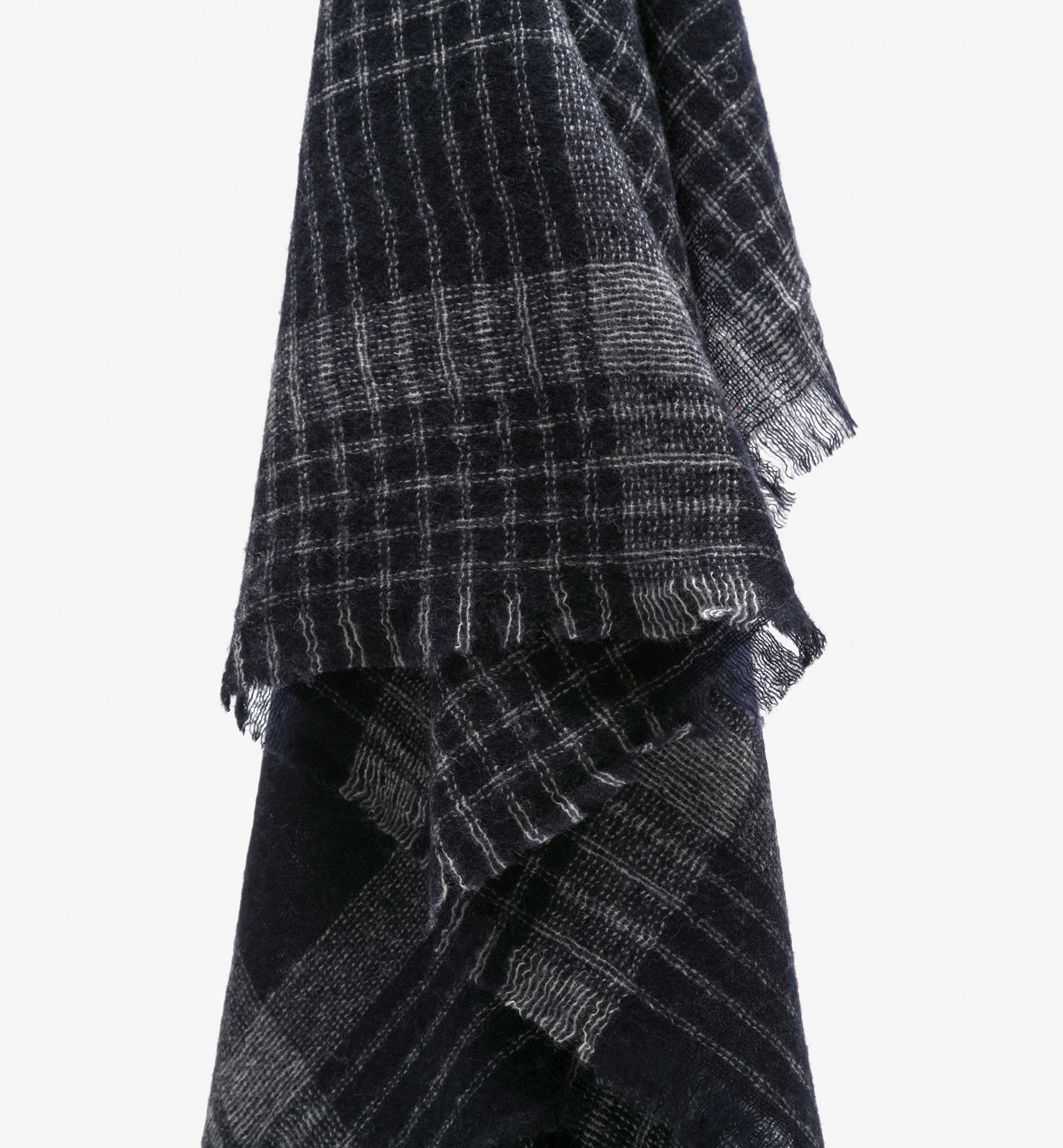 BLUE CHECKED KNIT WOOL SCARF