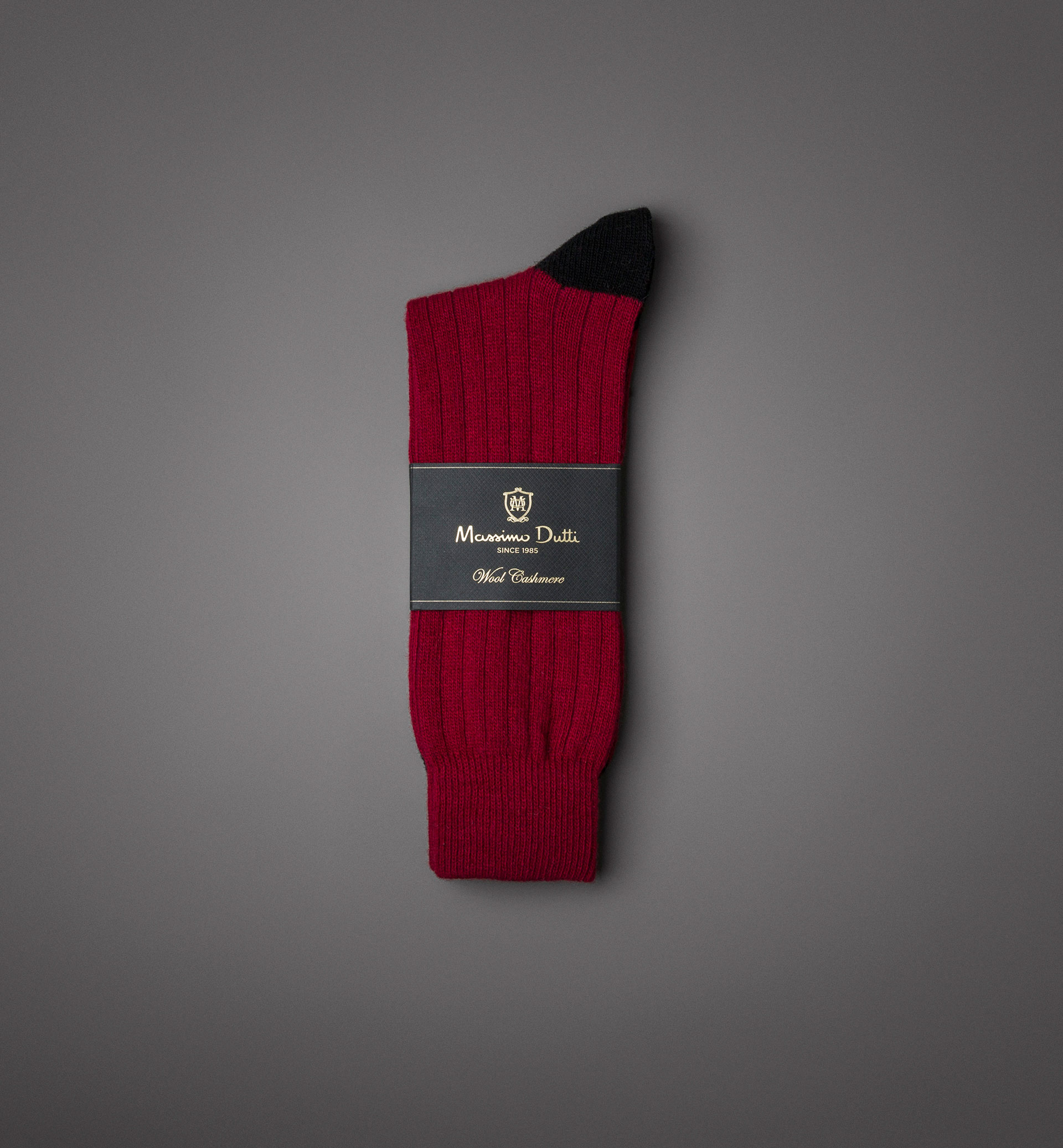 RIBBED WOOL/CASHMERE SOCKS