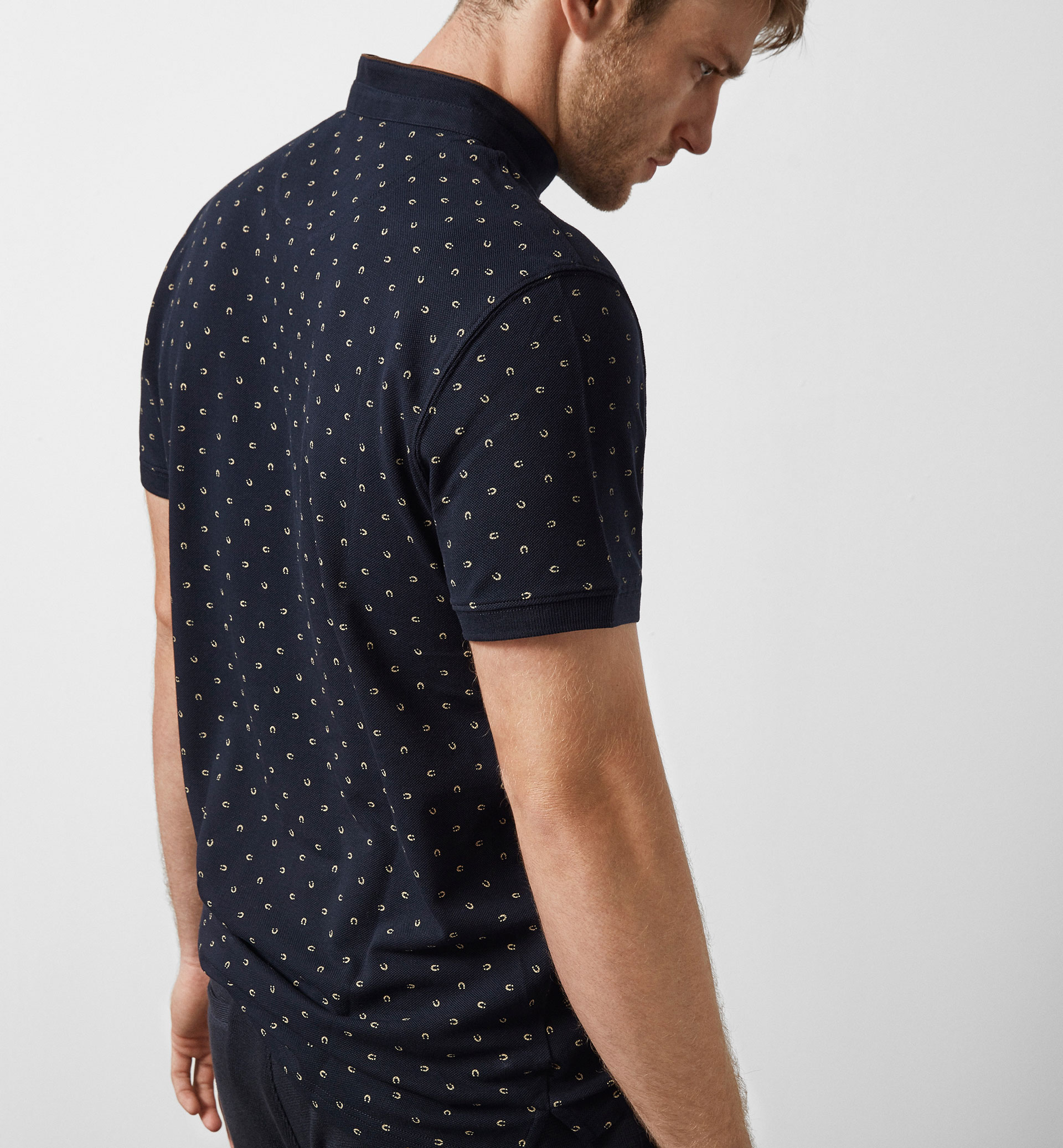 LIMITED EDITION POLO SHIRT WITH A HORSESHOE PRINT