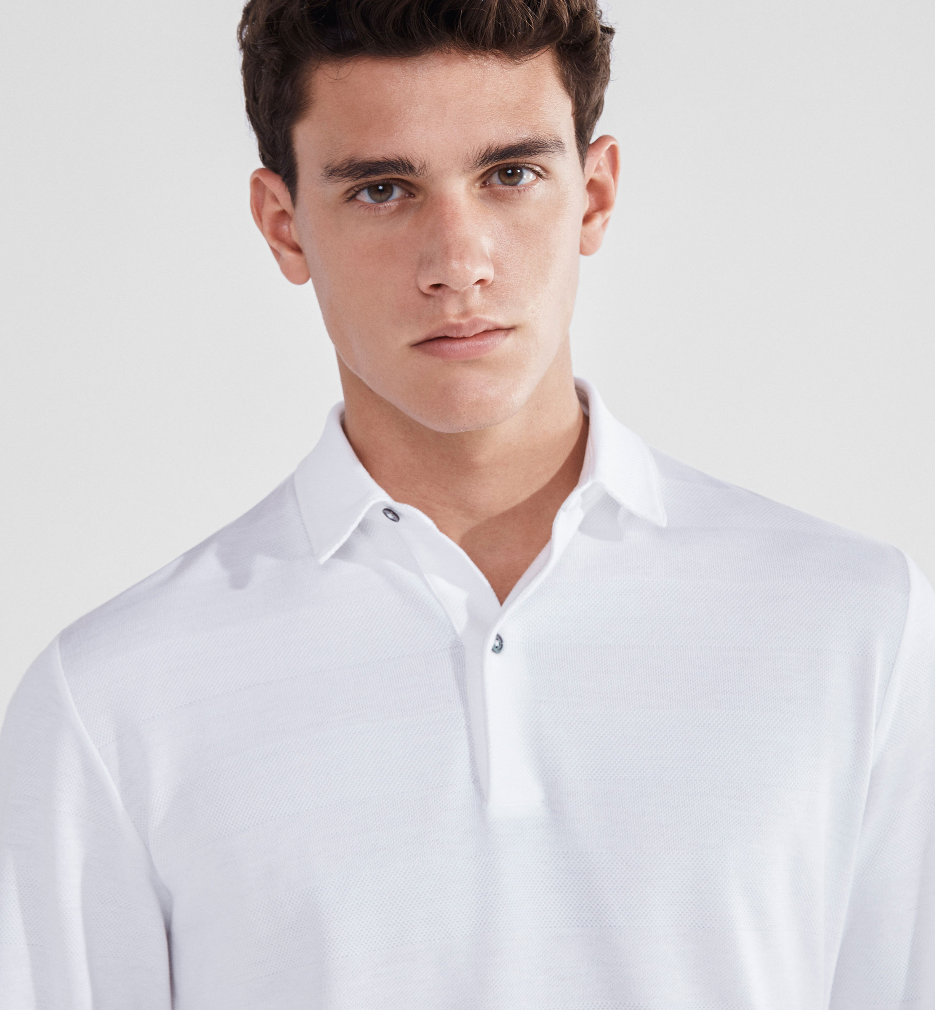 SOFT STRIPED POLO SHIRT WITH A TEXTURED DETAIL