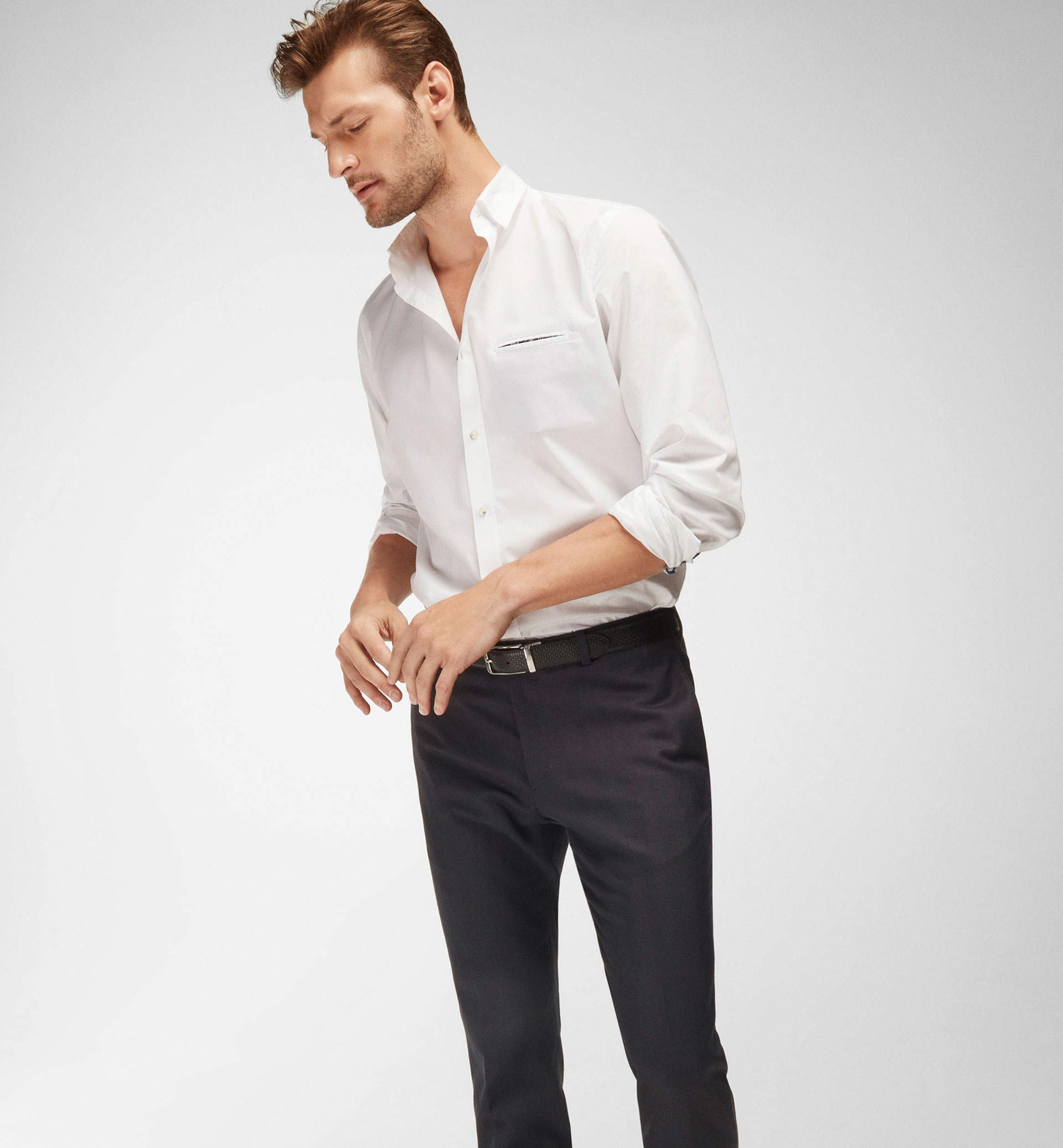 WHITE SHIRT WITH CONTRASTING POCKET