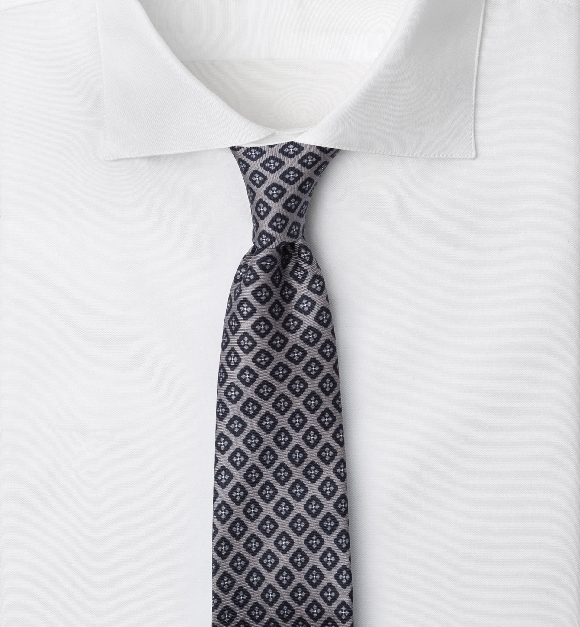SILK PATTERNED TIE