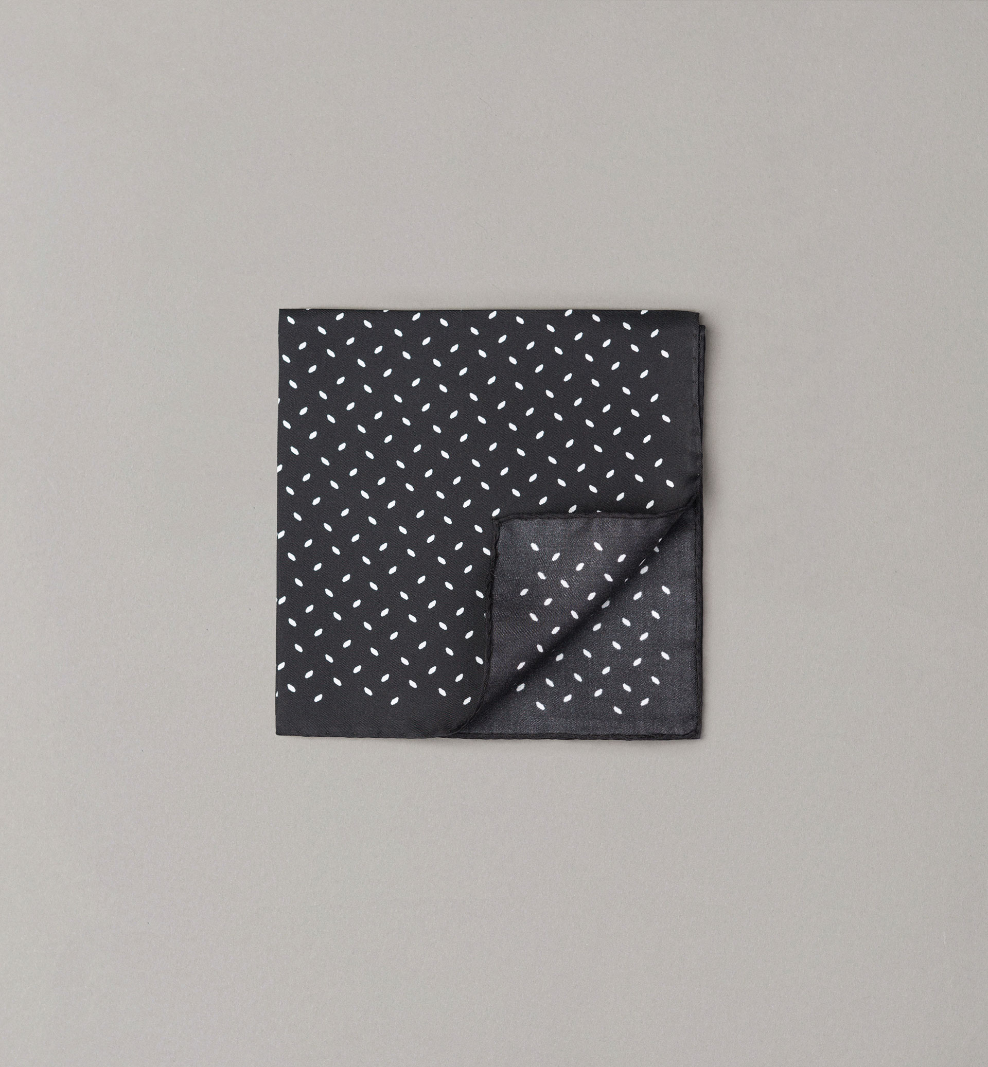 PERSONAL TAILORING BLACK SMALL ARGYLE POCKET SQUARE