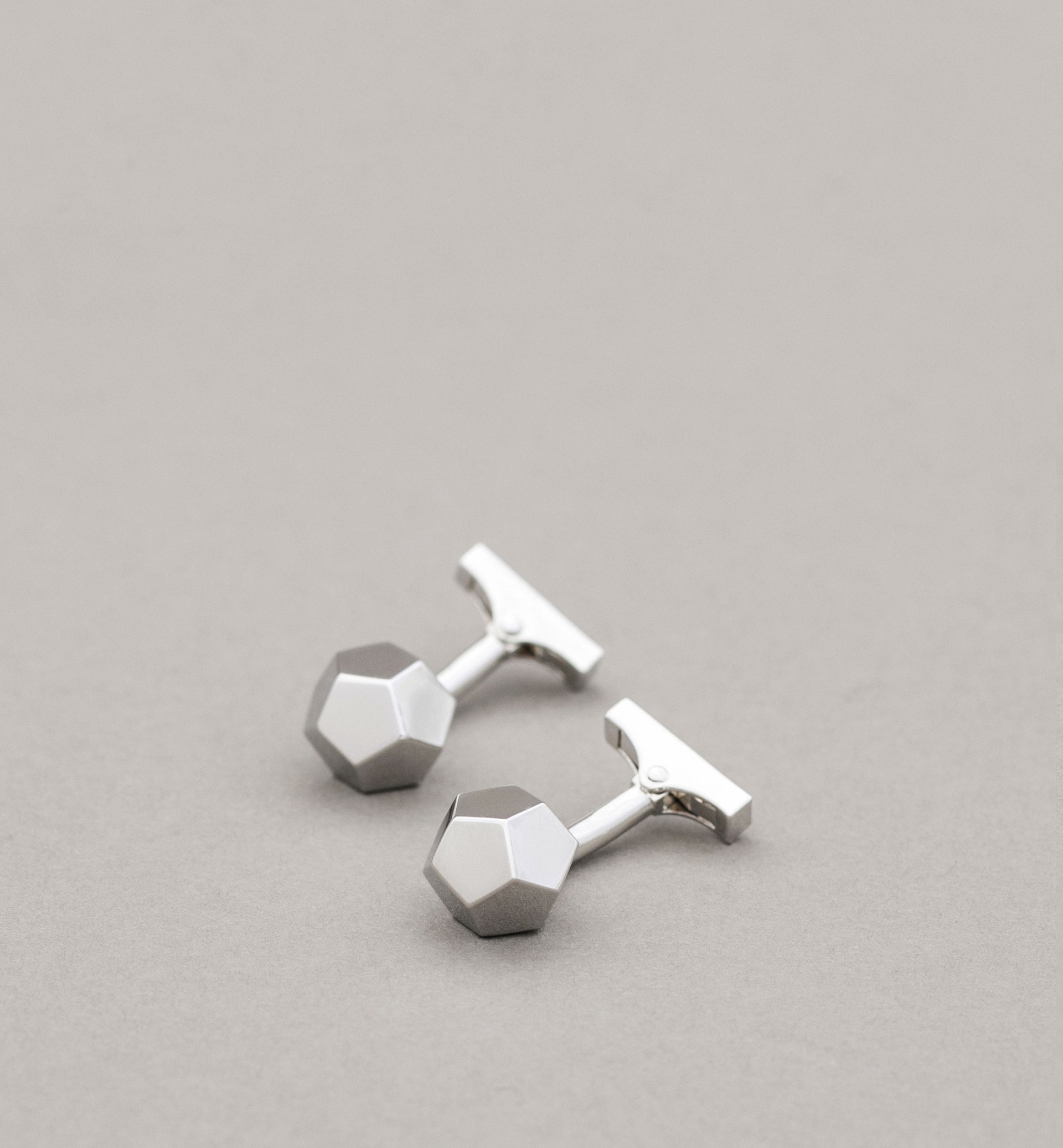 PERSONAL TAILORING DODECAHEDRON CUFFLINKS