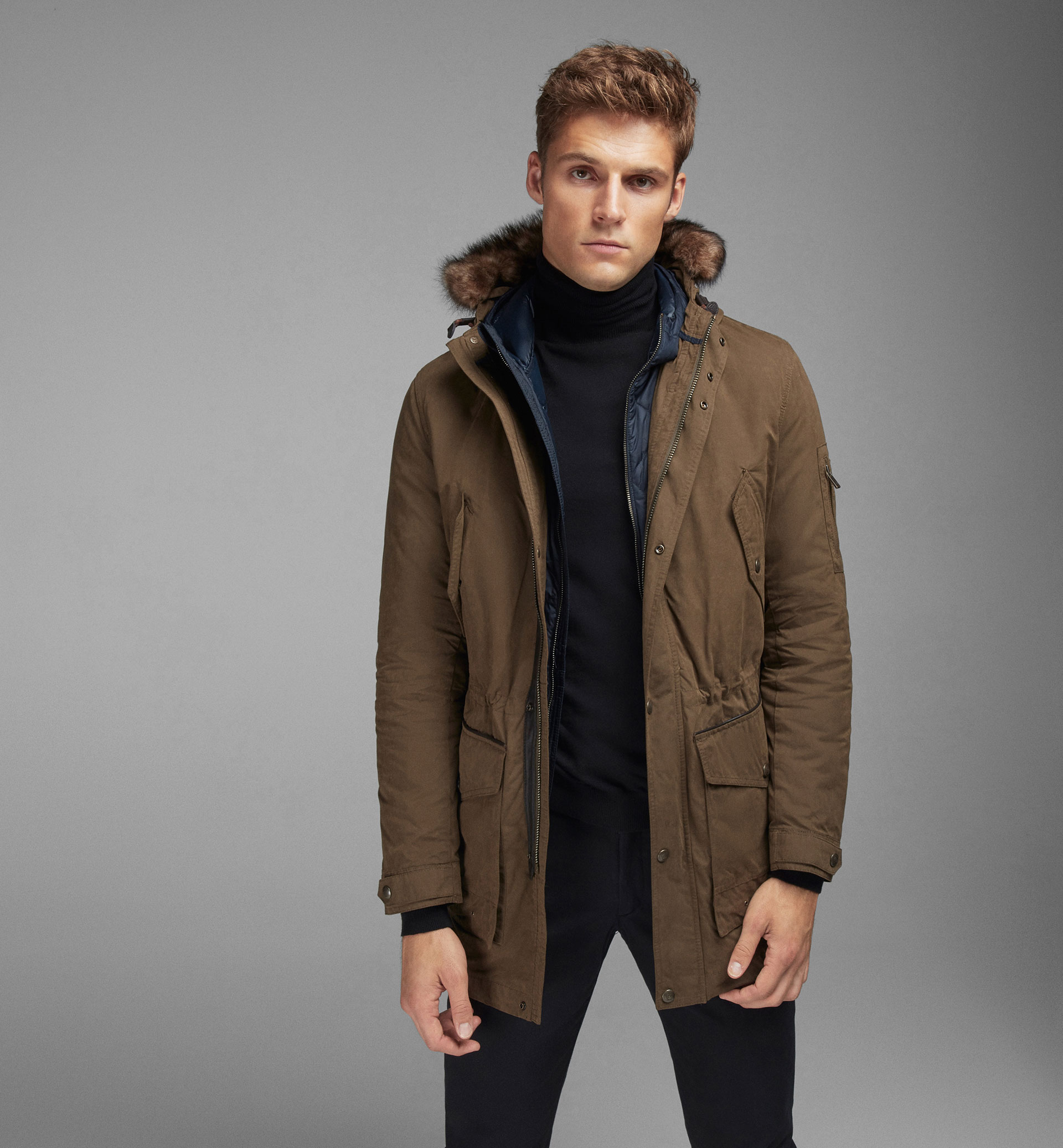KHAKI TECHNICAL PARKA WITH DETACHABLE DETAIL