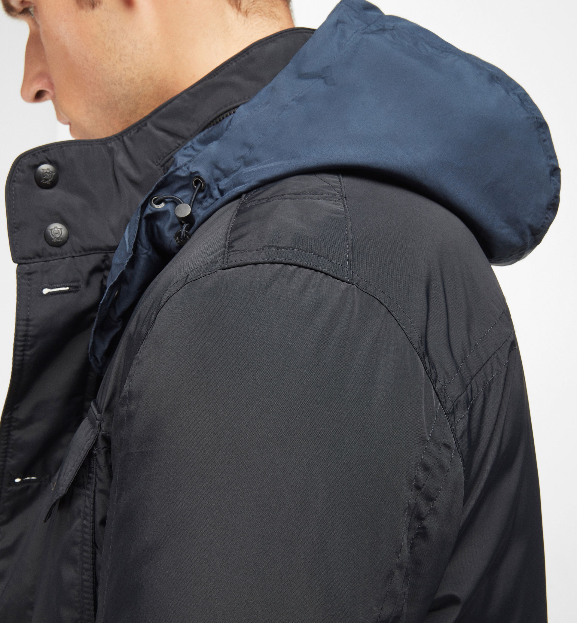 NAVY TECHNICAL PARKA WITH POCKET DETAILS