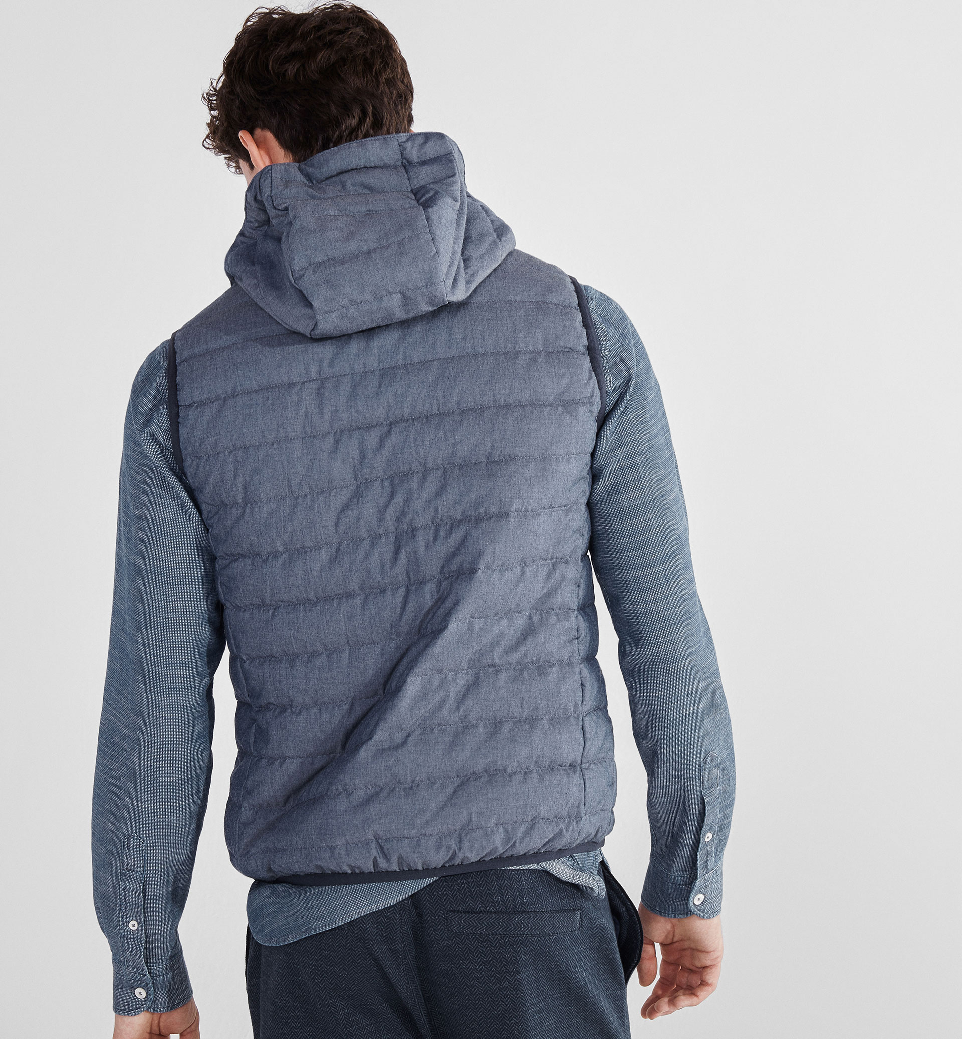 SOFT INDIGO QUILTED FEATHER DOWN GILET