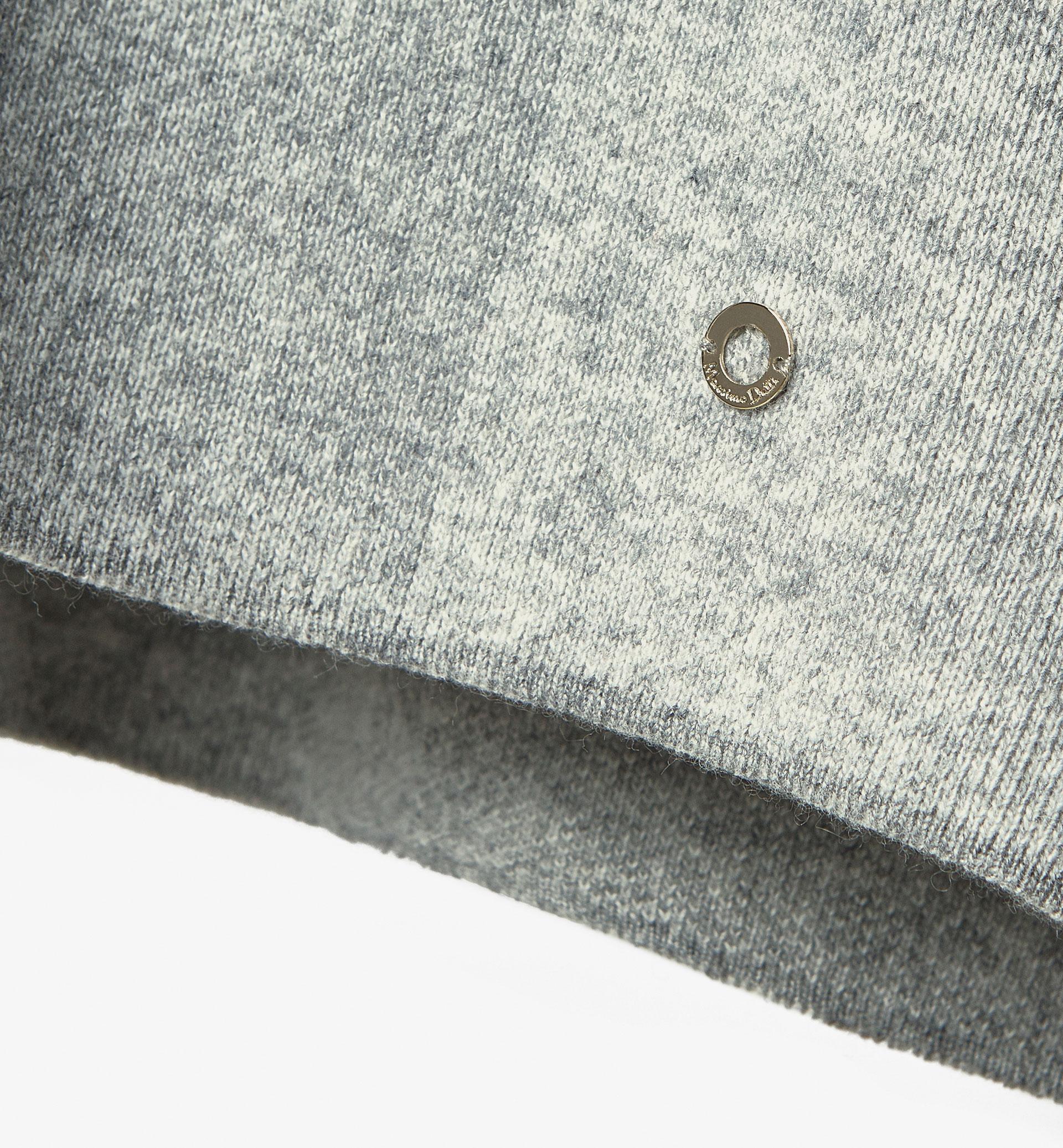LIMITED EDITION CHECK JACQUARD CAPE