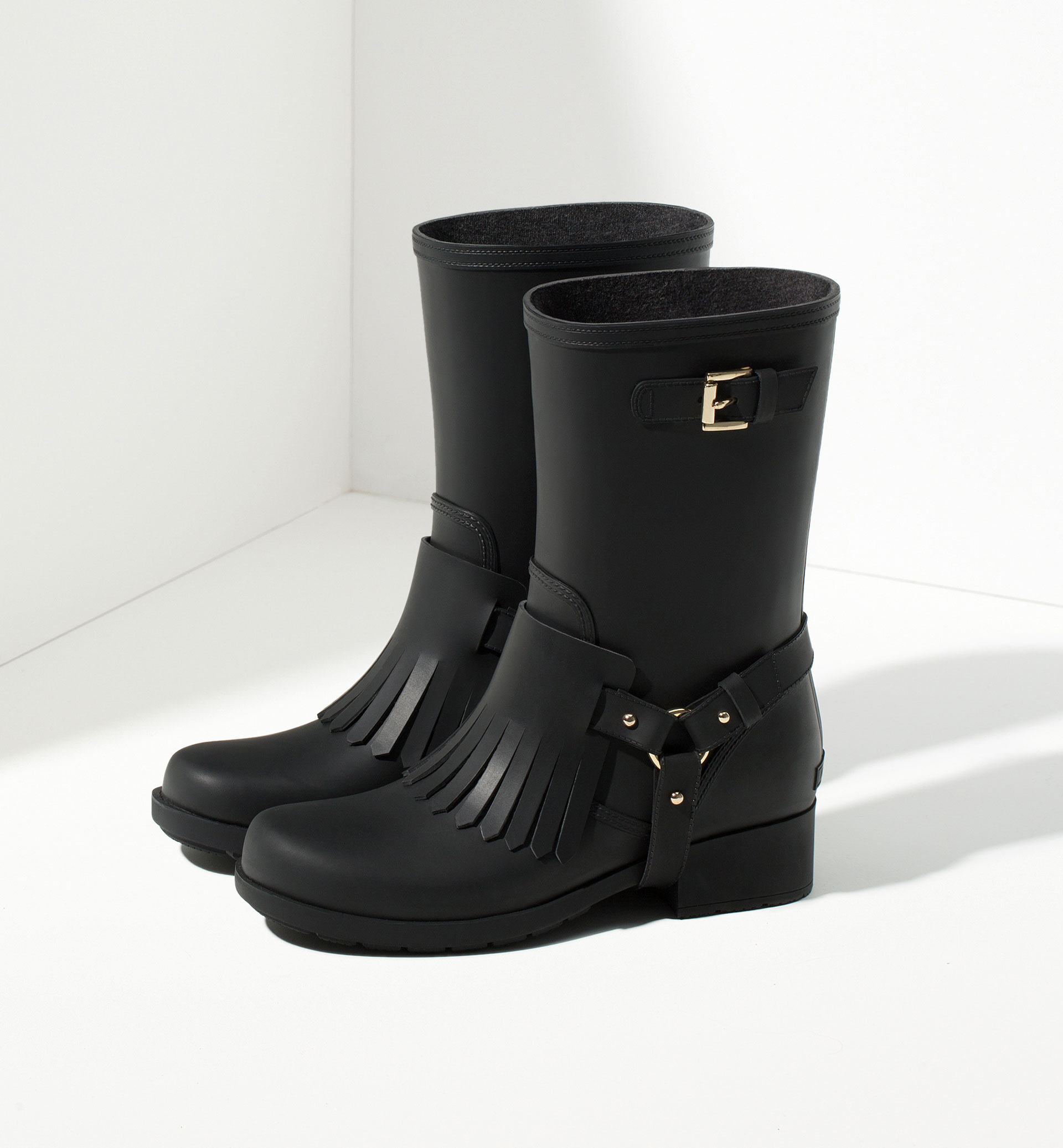 WELLIES WITH FRINGE