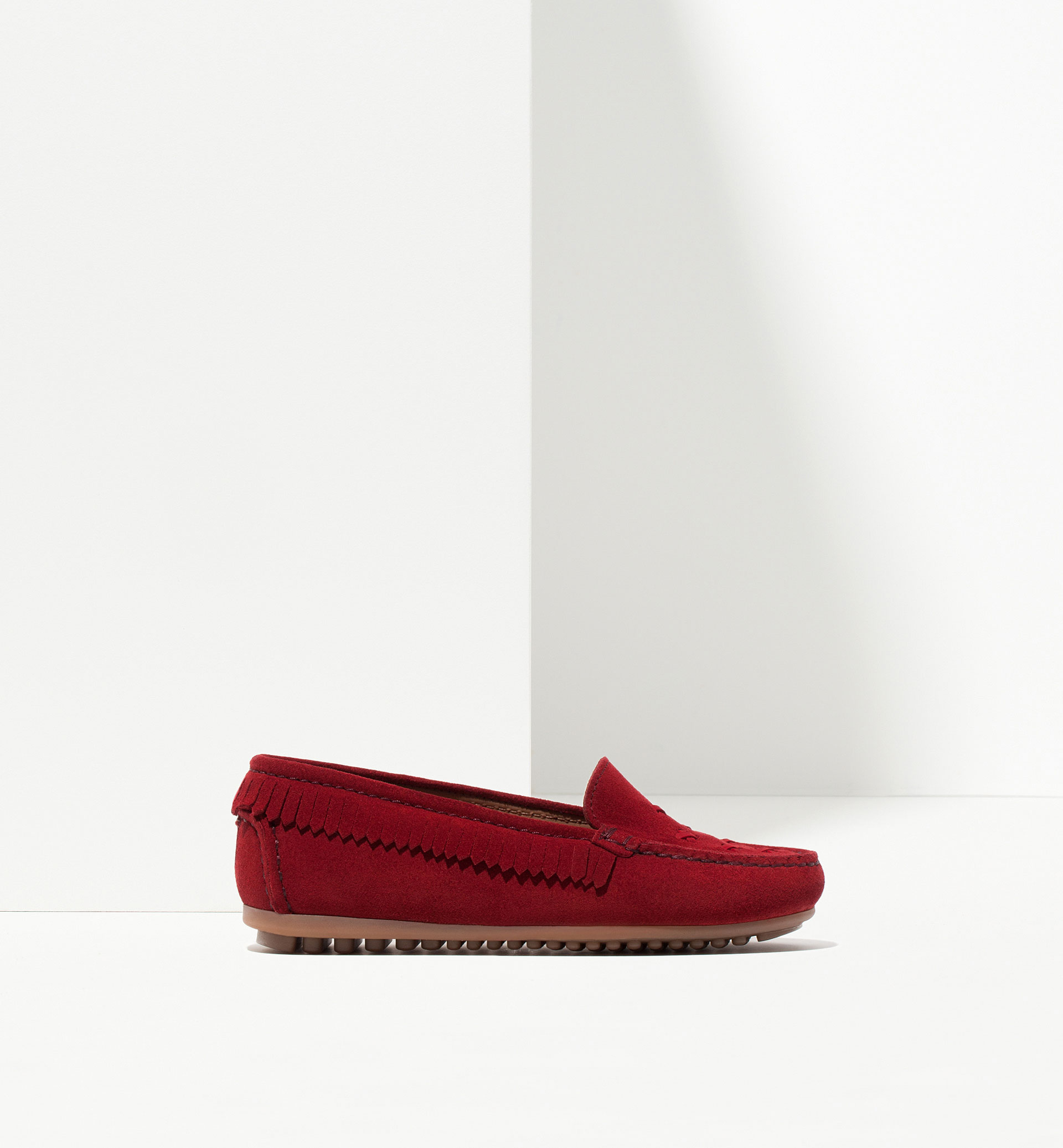 FRINGED LOAFERS WITH STITCHING