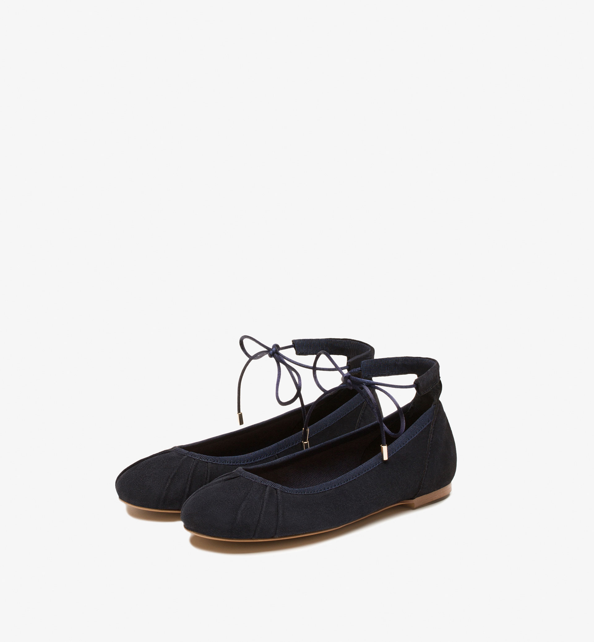 BALLERINAS WITH ANKLE STRAP