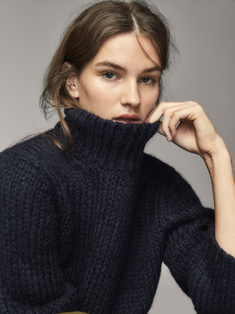 SOLID MOHAIR SWEATER - Women - Massimo Dutti