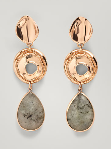 EARRINGS WITH STONE AND TEXTURED HOOP DETAIL