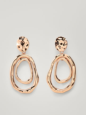 TEXTURED DOUBLE-HOOP EARRINGS