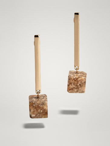 CUBE STONE EARRINGS