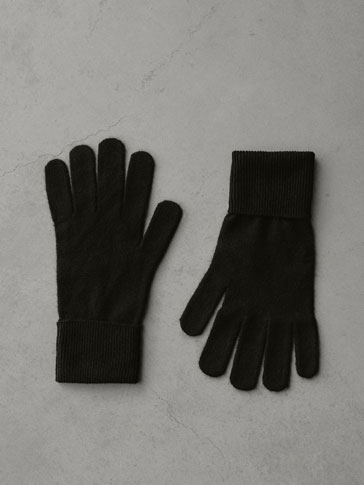 Plain 100 Percents Cashmere Gloves by Massimo Dutti