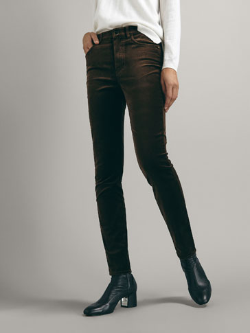 VELOURS SLIM FIT HIGH RISE BROEK