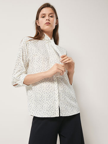 STIPPENBLOUSE MET STRIK
