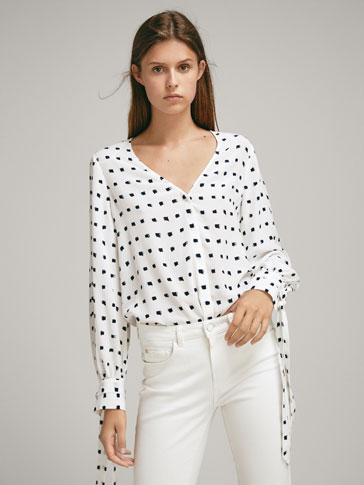 TWO-TONE PRINT BLOUSE WITH TIES