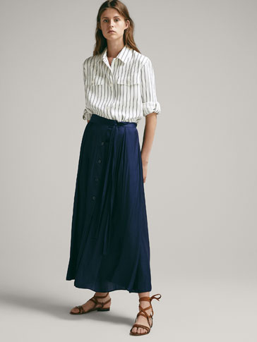FLOWING SKIRT WITH BUTTONS