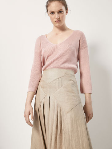 RIBBED CAPE-STYLE SWEATER WITH BOW DETAIL