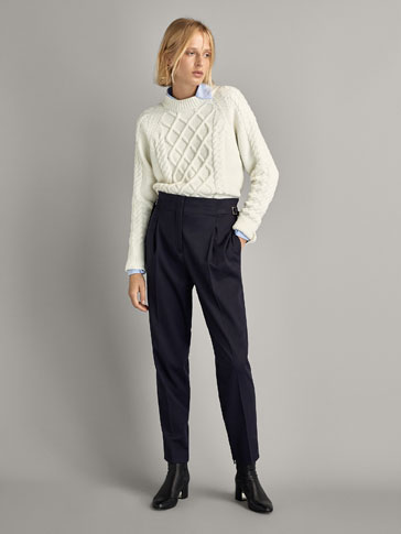 TEXTURED CABLE-KNIT SWEATER