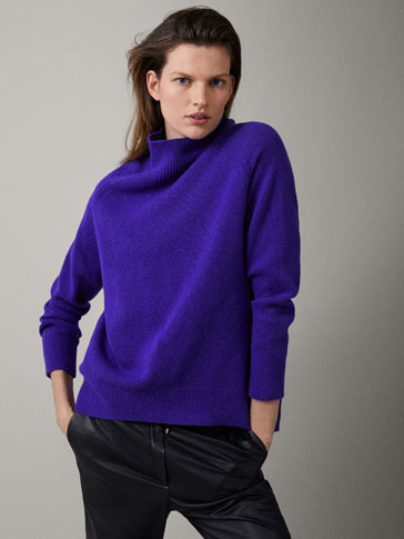 WOOL SOLID SWEATER