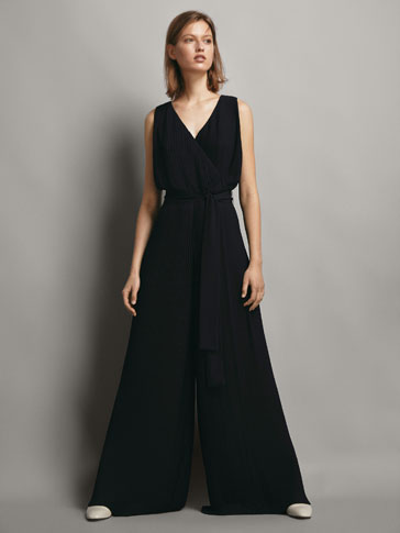 NAVY BLUE PLEATED JUMPSUIT WITH TIE WAIST