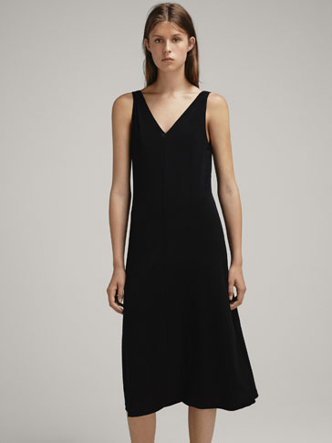PLAIN DRESS WITH TIE FASTENING