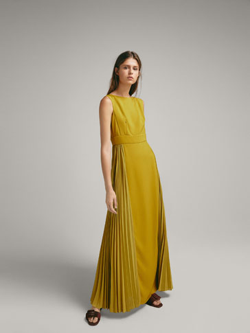 DRESS WITH SIDE PLEATS