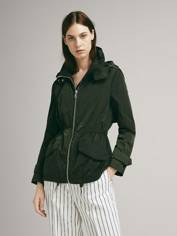 TECHNICAL PARKA WITH REMOVABLE HOOD