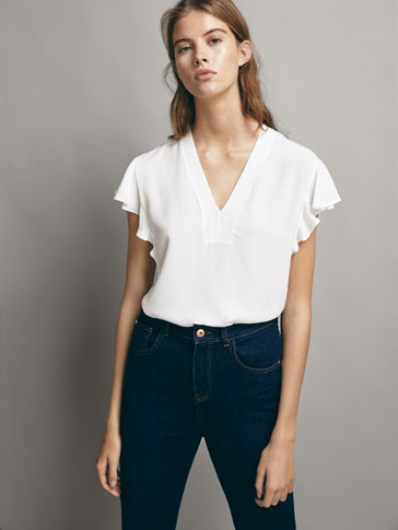 CONTRAST T-SHIRT WITH FLARED SLEEVES