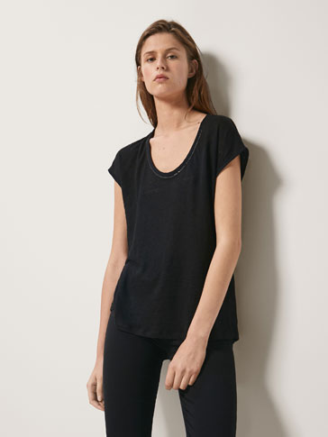100% LINEN T-SHIRT WITH METAL APPLIQUÉS