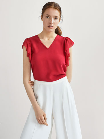 COMBINED TOP WITH GATHERING AND RUFFLES