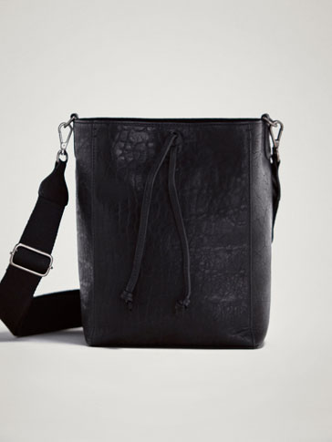 TEXTURED LEATHER BUCKET BAG
