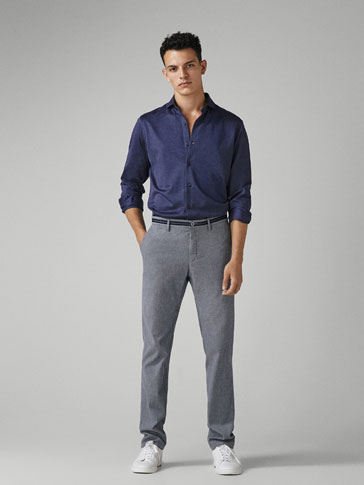 Pantaloni Chino Cu StructurĂ Slim Fit by Massimo Dutti