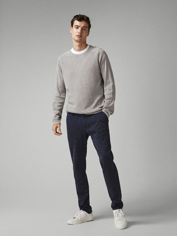 SLIM-FIT BUKSE TYPE CHINOS MED FISKEBENSMØNSTER