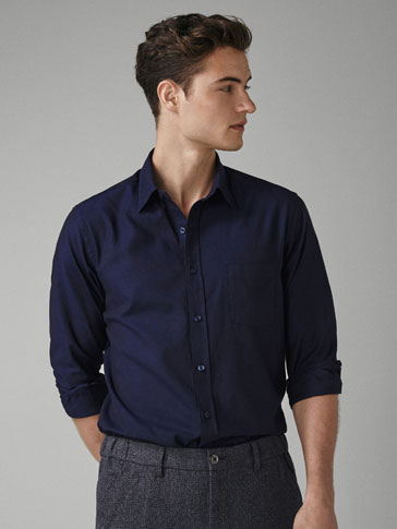 ENSFARVET OXFORD-SKJORTE - REGULAR FIT