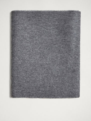 FRINGED WOOL/CASHMERE SCARF