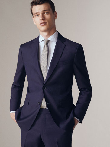 REGULAR-FIT-BLAZER AUS WOLLE MIT STRUKTURMUSTER